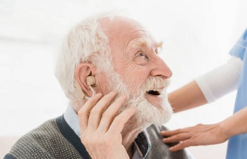Assisted Living for Deaf and Hearing Impaired Seniors