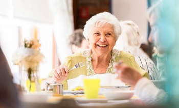 Food & Dining in Assisted Living Facilities