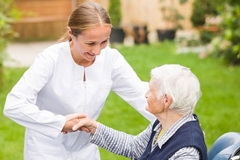 Memory Care Facilities Near Me | Dementia Care & Alzheimer's Care